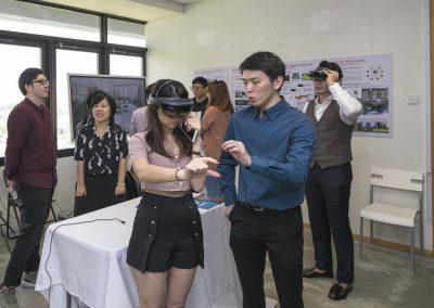 7 Virtual Reality Goggles at BeyondX